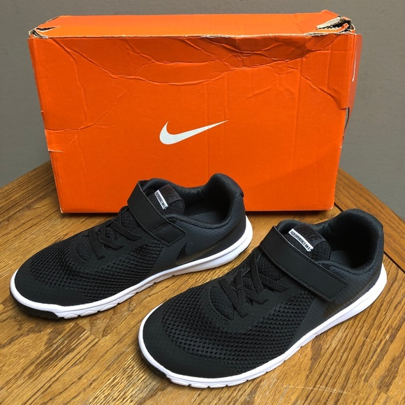 Nike Free RN 2017 Little Kids Running Shoe PSV